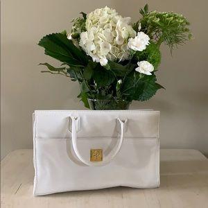White handle bag